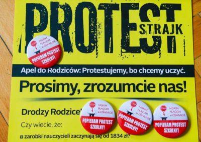 Strajk nauczycieli - plakaty